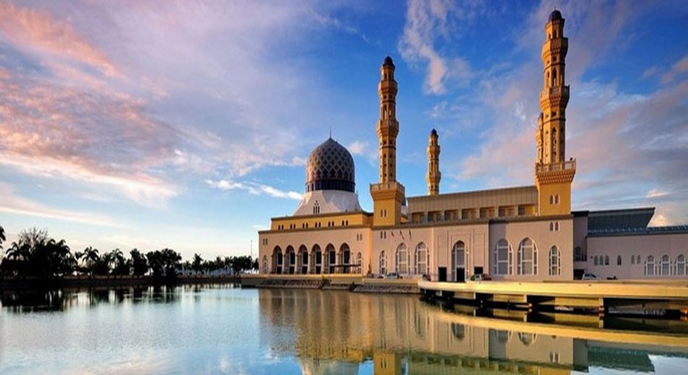Famous Mosque in  Kota Kinabalu City