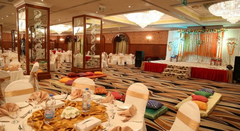 restaurant-hotel-abraj